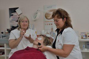 Kosmetikstudio in der Rosen-Apotheke